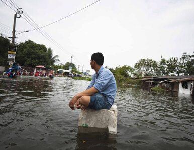 """Woda zalewa Bangkok. """"Szykujcie się na ewakuację"""""""