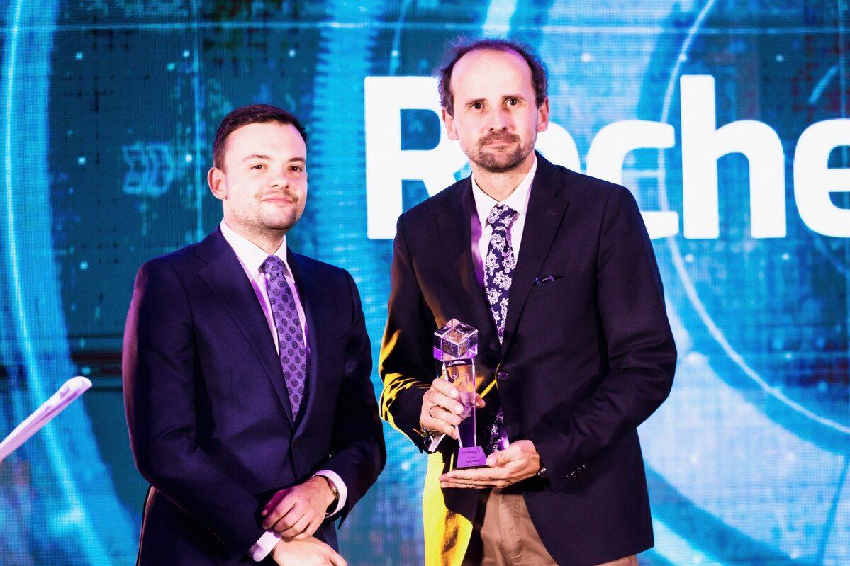 Radosław Sierpiński i Marcin Słysz Radosław Sierpiński (z lewej) prezes Agencji Badań Medycznych oraz Marcin Słysz - product strategy Director Oncology and Immunology