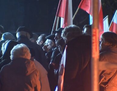 Krzyż sprofanowany? Katolicy protestują w Warszawie