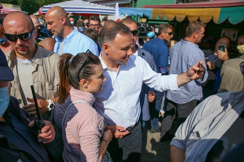 Prezydent Andrzej Duda w trakcie spotkania z wyborcami