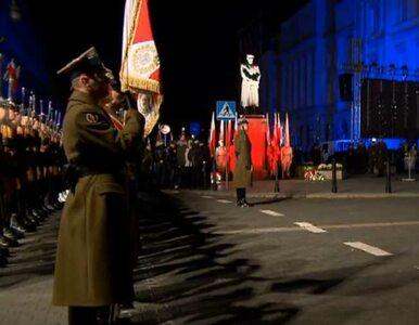 Capstrzyk Niepodległości. Szef MON na Pl. Piłsudskiego