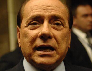 """""""Włochy to nie burdel! Berlusconi - ustąp!"""""""