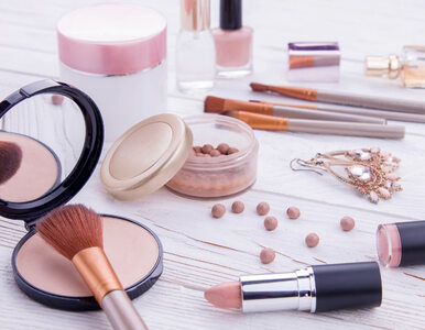 Rakotwórcza substancja w kosmetykach do makijażu. Nakazano wycofanie...
