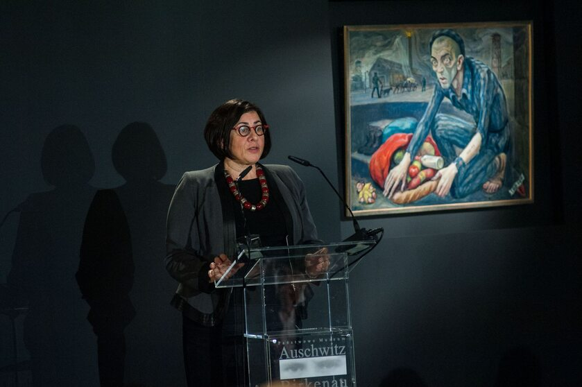 Ambasador Anna Azari