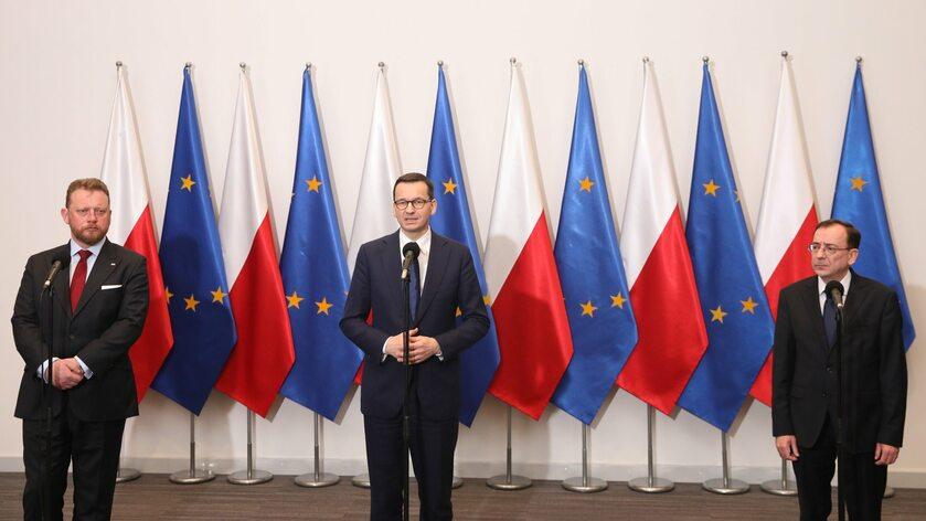 Łukasz Szumowski, Mateusz Morawiecki i Mariusz Kamiński