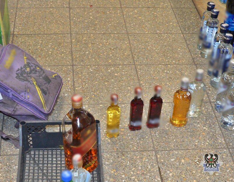 Alkohole znalezione przy zatrzymanym mężczyźnie