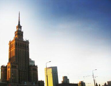Centrum Warszawy bez ciepłej wody i ogrzewania. Przez metro