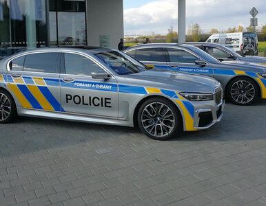 """Czesi poszli """"na grubo"""". Kupili policji wypasione """"siódemki"""" BMW"""