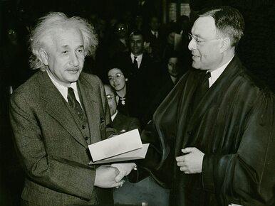 """Einsteina """"teoria szczęścia"""" trafiła na aukcję. Jakich rad życiowych..."""