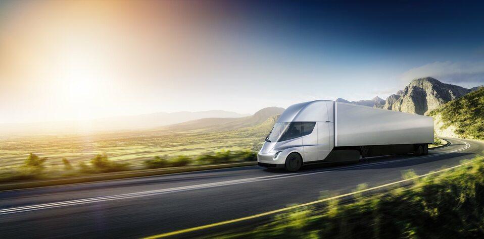 Tesla, elektryczna ciężarówka