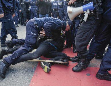 """Amnesty International upomina się o warszawskich antyfaszystów. """"Tworzy..."""