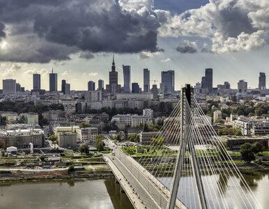 Alarmy bombowe w ponad 30 miejscach w Warszawie