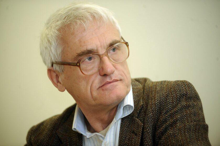 Umorzono postępowanie ws. słów Jana T. Grossa o Polakach podczas wojny