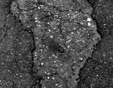 Gmina zapłaci milion zł odszkodowania za dziurę w drodze