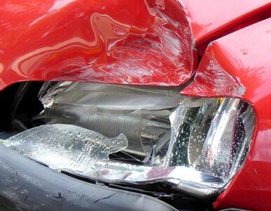 Warszawa: Kierowca wjechał w cztery zaparkowane auta