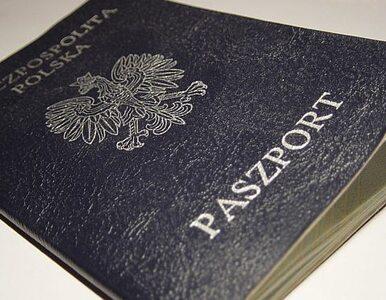 """PO chce ułatwić wydawanie paszportów. """"Stemple z Izraela blokują wjazd..."""