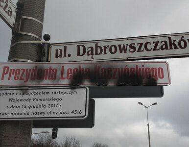 Dekomunizacja. Tablica z nazwiskiem Lecha Kaczyńskiego nie przetrwała w...