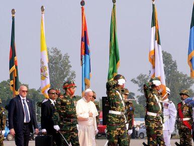 """Papież Franciszek po raz pierwszy w Azji mówi o """"Rohindża"""""""