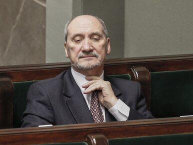 Macierewicz wyłączy część dokumentów ze zbioru zastrzeżonego IPN