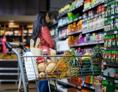 Śmiertelnie trujące napoje w sklepach. Policja ostrzega przed zamachowcem