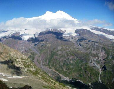 Trudna sytuacja w rejonie Elbrusu. Utknęło tam kilka tysięcy turystów