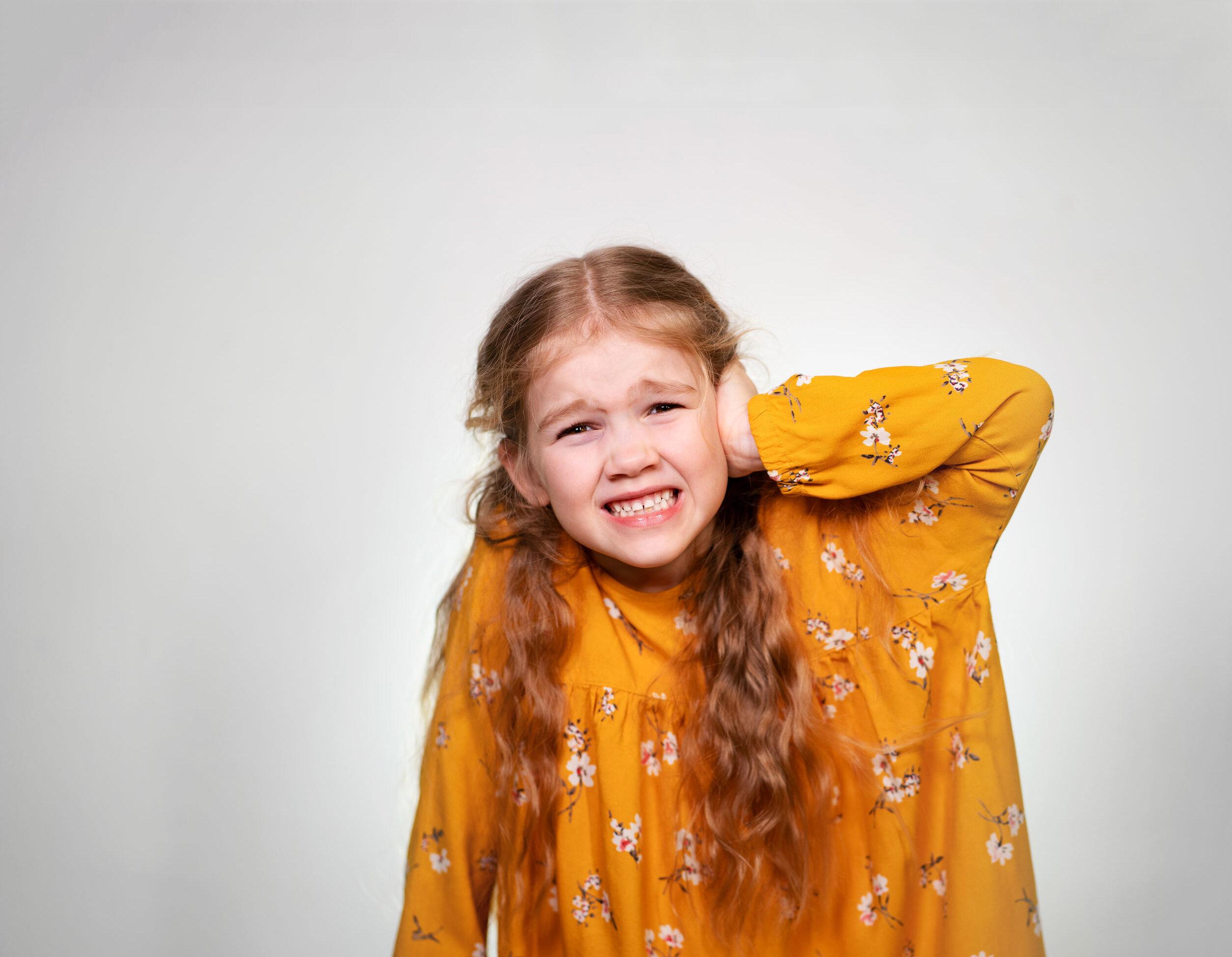 Dziewczynka z zapaleniem ucha