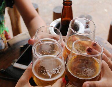 Nowe wytyczne mogą szokować. Piwo w pubie tylko po podaniu nazwiska i...