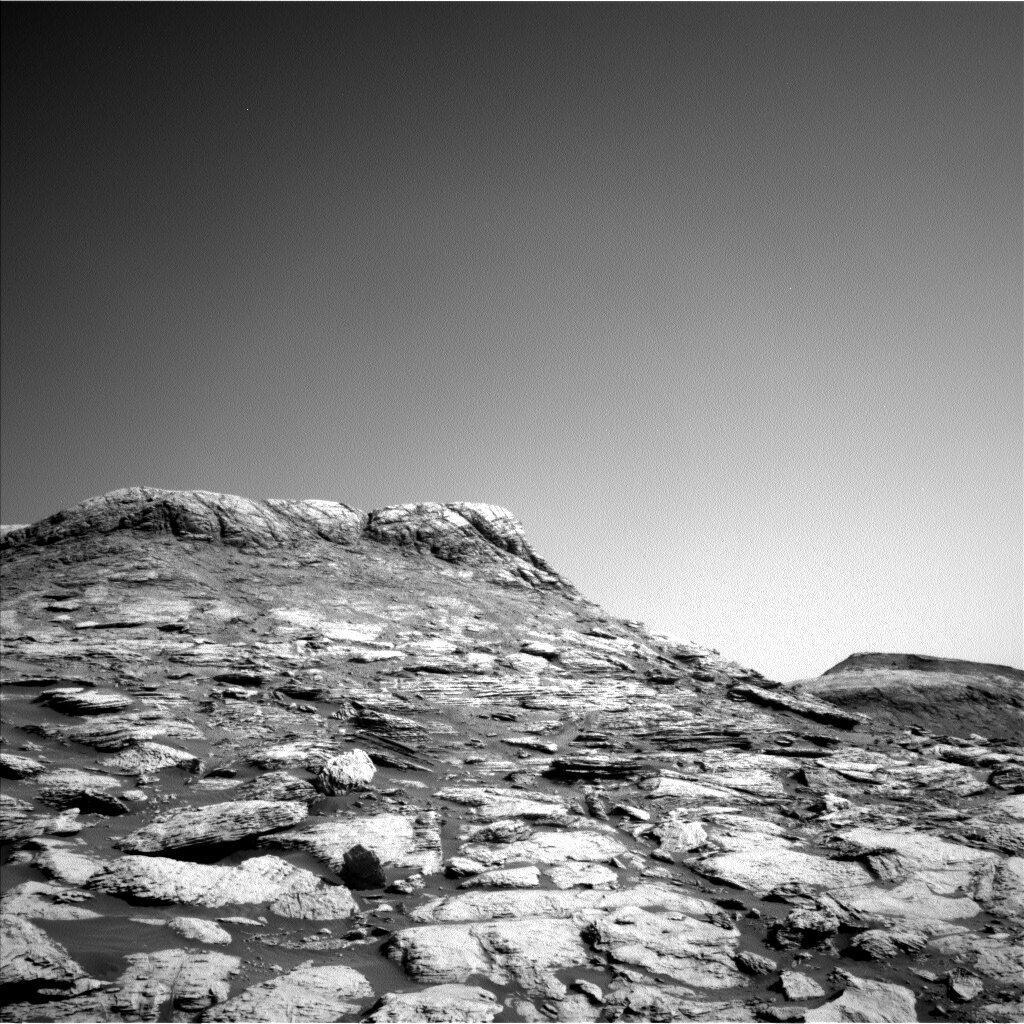 Zdjęcie Marsa wykonane przez Curiosity