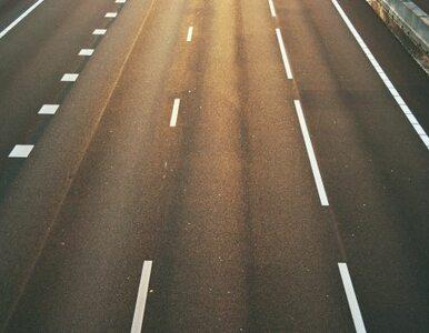 Wypadek na A2. Kierowcy jeżdżą tylko jednym pasem