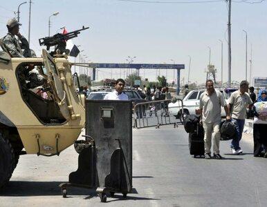 Egipska armia zaprowadza porządek na Synaju - pięciu islamistów nie żyje