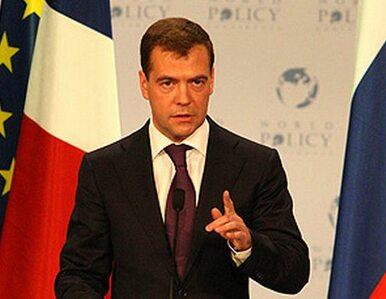 Miedwiediew: w przebiegu wyborów nie ma nic nadzwyczajnego