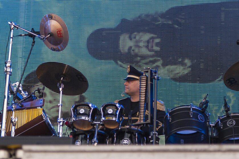 Arkadiusz Letkiewicz podczas koncertu zespołu Hunter
