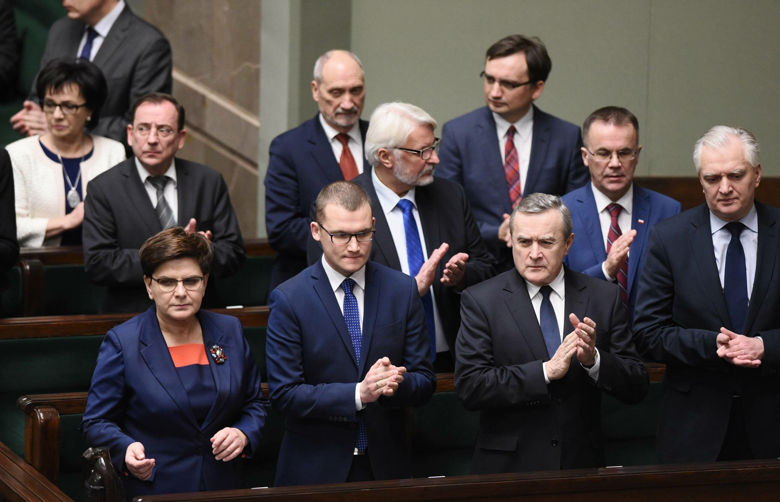 Jedno z głosowań w Sejmie; ławy rządowe