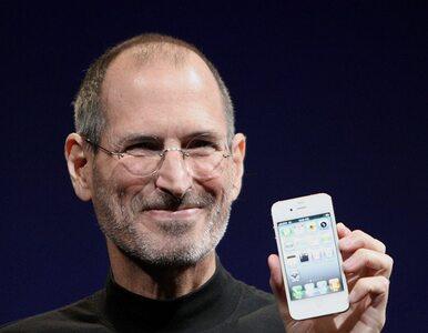 To był znak rozpoznawczy Steve'a Jobsa. Teraz trafi do sklepów - fanów...