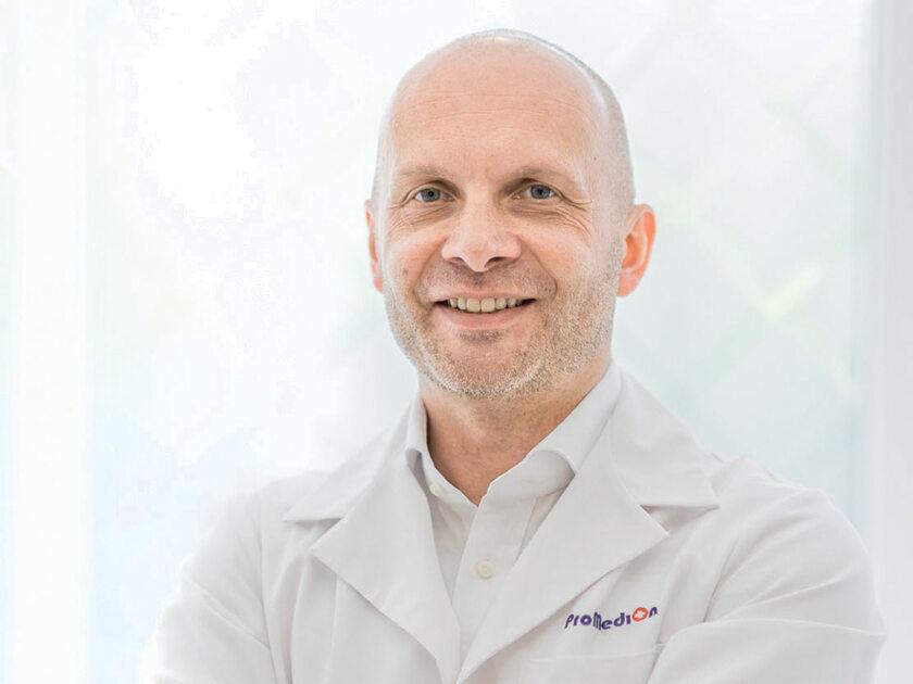 Dr Maciej Charaziński, Klinika ProMedion