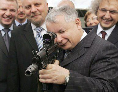 Jarosław Kaczyński z karabinem. Na koncie PiS pojawiło się nietypowe...